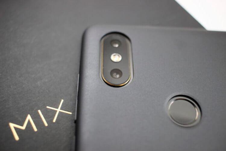 Камера и сканер отпечатков