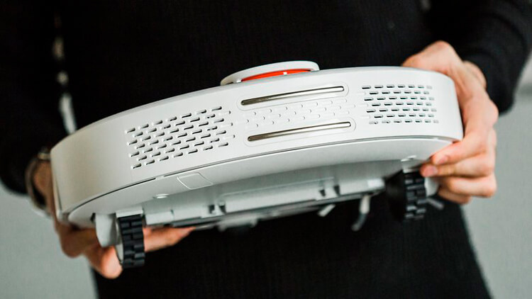 Xiaomi Mi Robot сзади