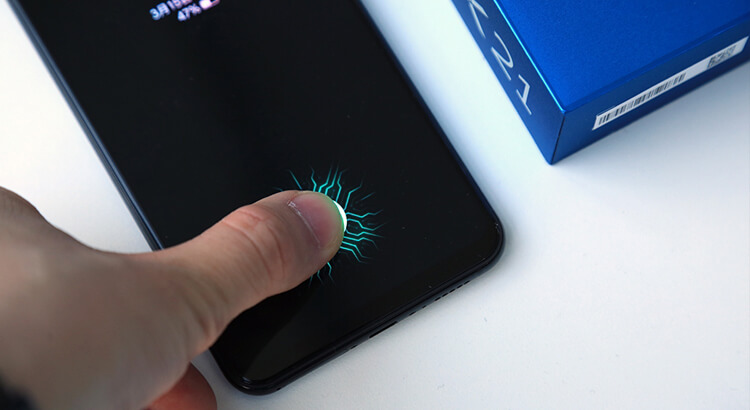 Vivo X21 смартфон со сканером отпечатков в экране