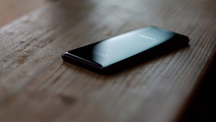 Дизайн задней части смартфона Oppo Find X